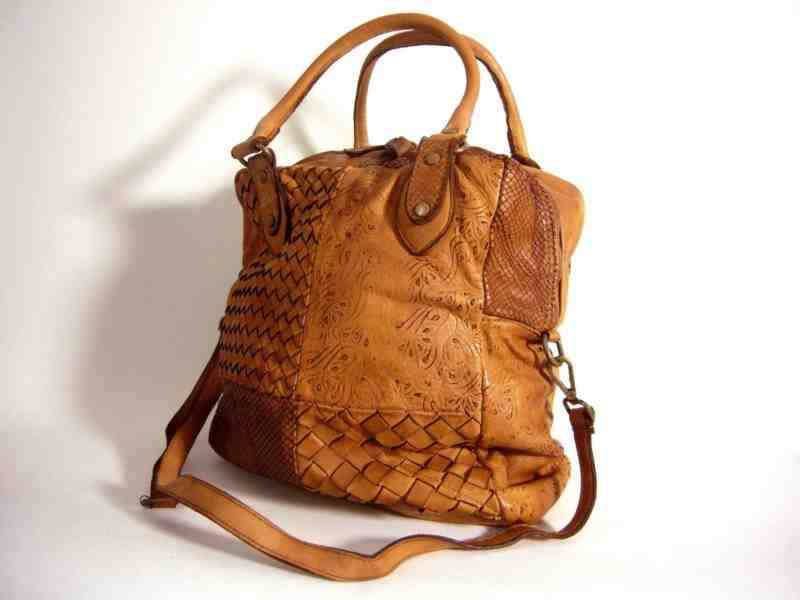 Où sont fabriqués les sacs Lancel?